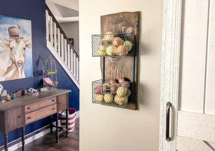 how to build a wood scrap DIY produce wall rack