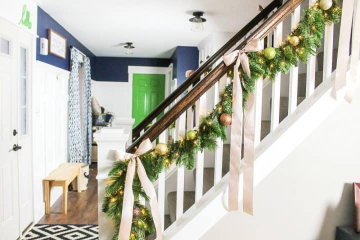 how to make evergreen garland with LED lights