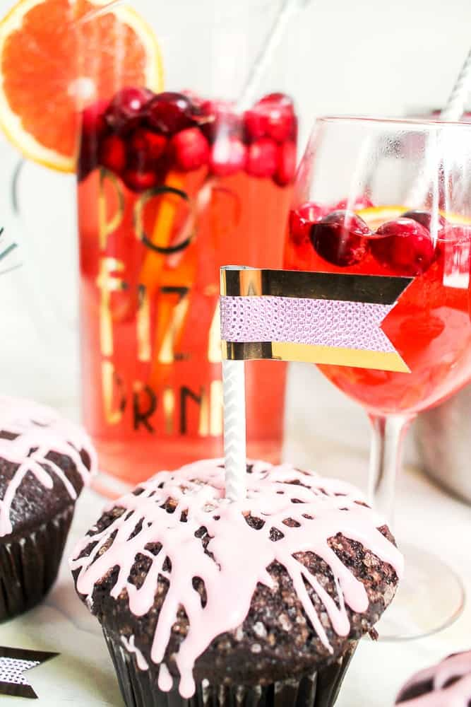 New Year's Eve DIY cupcake toppers with Duck Tape
