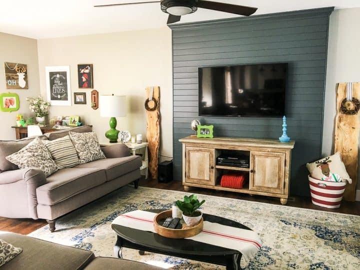 living room with gray pallet accent wall