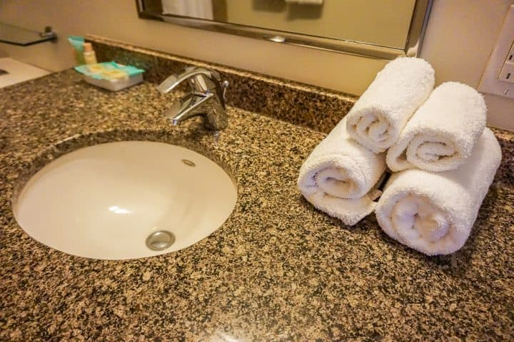 Philadelphia Rittenhouse Square Homeaway vacation bathroom supplies