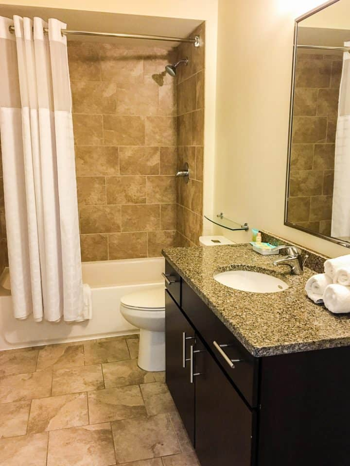 Philadelphia Rittenhouse Square Homeaway vacation rental bathrooms