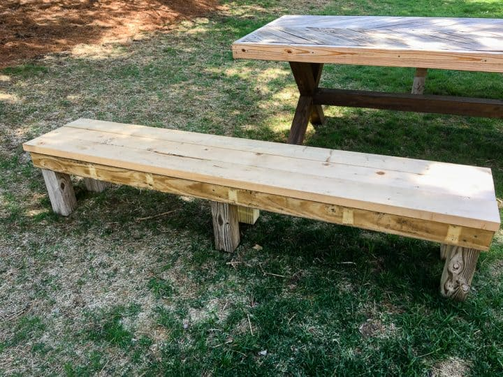 How to build benches for a picnic table