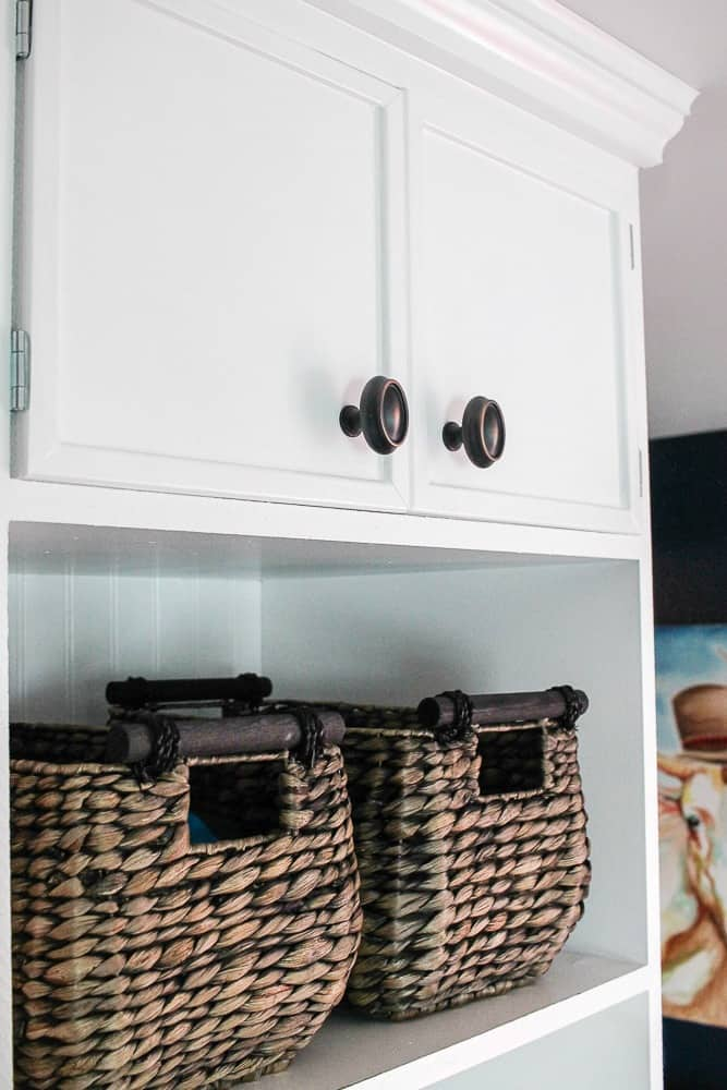 How to build DIY mudroom coat bench baskets step by step