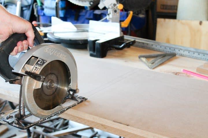 How to build DIY mudroom coat bench tutorial