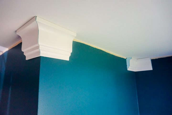 how to install faux crown molding corners