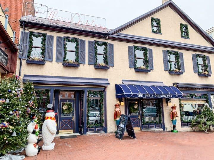 Gettysburg pub restaurant bar